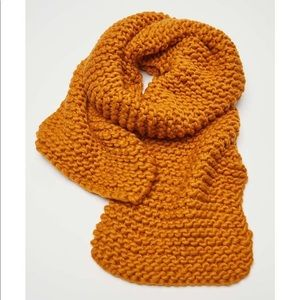 Urban Outfitters Clara chunky knit scarf.